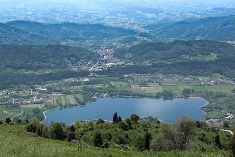 Camping al lago di lago tarzo treviso for Lago padova